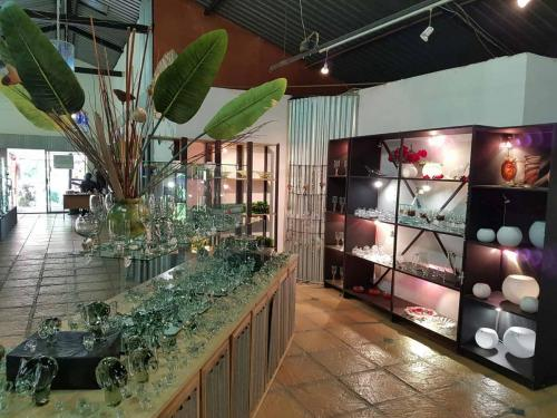 Handcrafted Trophies & Gifts | Glass Showroom